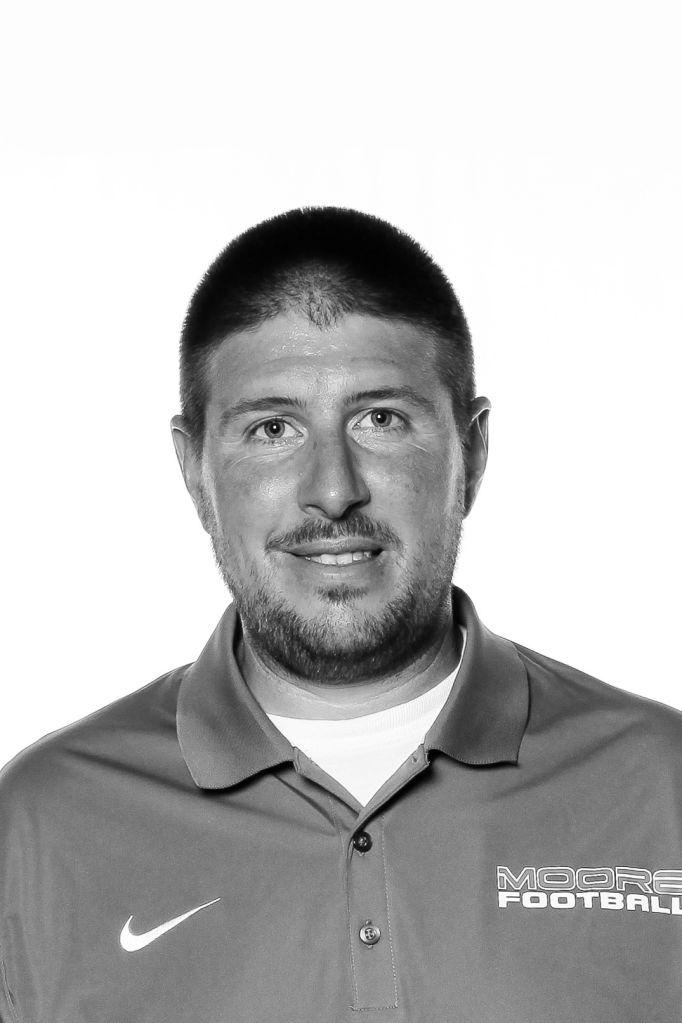 Coach Brad Hill
