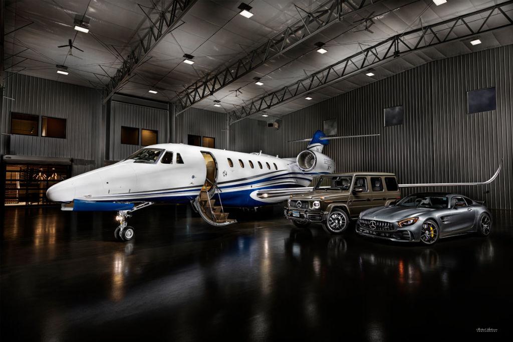 Light Painting  a Cessna Citation X+, G63 Mercedes, and a Mercedes GTR